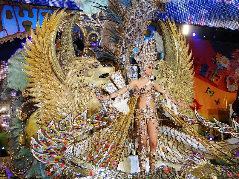 <<<Nos vamos a los carnavales de...>>> - Página 2 53